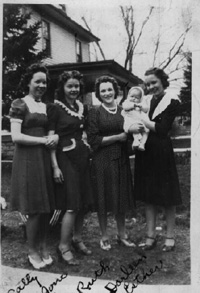 Ione and Sisters - Sally, Ruth, Darlene (niece) and Esther  .: Click to see larger :.